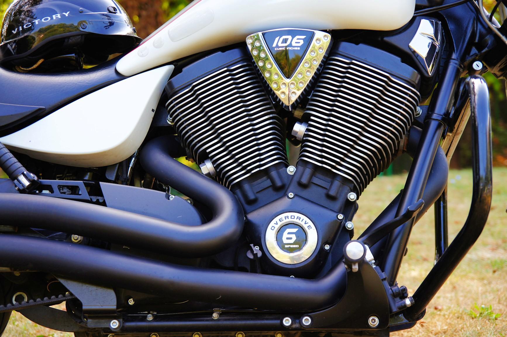 V2 es motorok