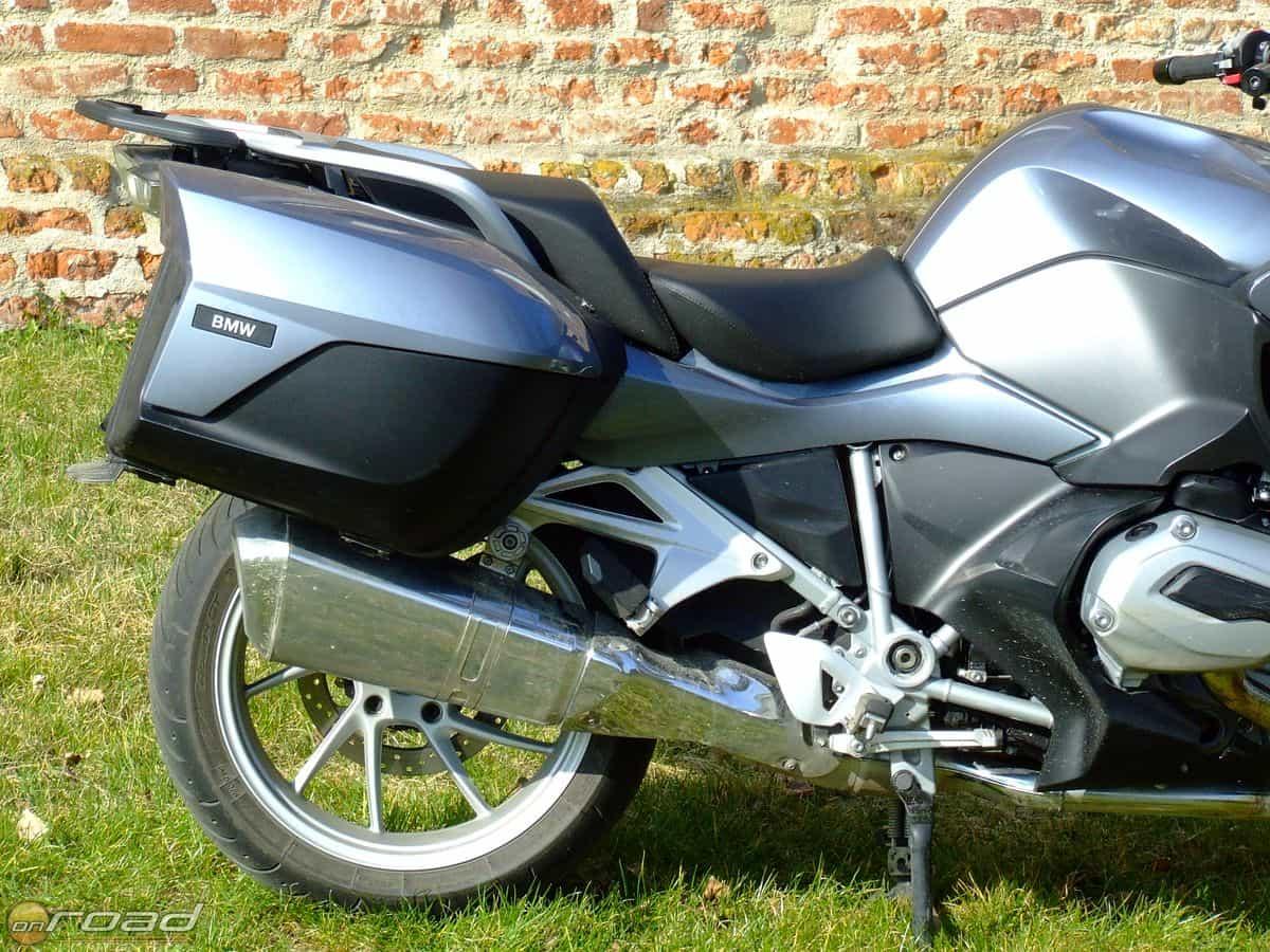Egy 500 napos motortura 750 - A Dobozok Oldal N L Gterel Lemezek Stabiliz Lj K A Motort Nagy Sebess Gn L