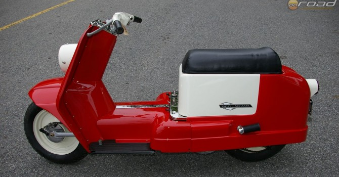 Igazi motortörténeti különlegesség: Harley-Davidson Topper
