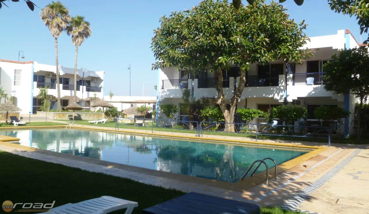 Ilyen volt belülről a Hotel Al Khaima