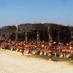 Marokkó túra onroad 51 Tajine áruda az út mellett