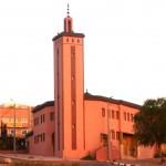Marokkó túra onroad 69 Sok az új építésű templom