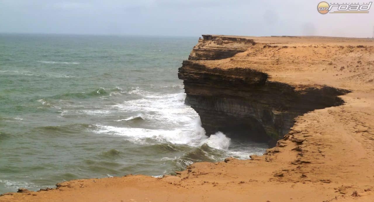 A Szahara találkozása az óceánnal