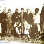 Marokkó túra onroad 93 Bátor férfiak egy postarepülő előtt