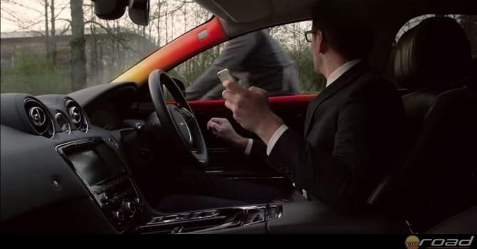Figyelmetlenül rányitjuk az autót a kétkerekűre? Erre is figyelmeztet a Bike Sense