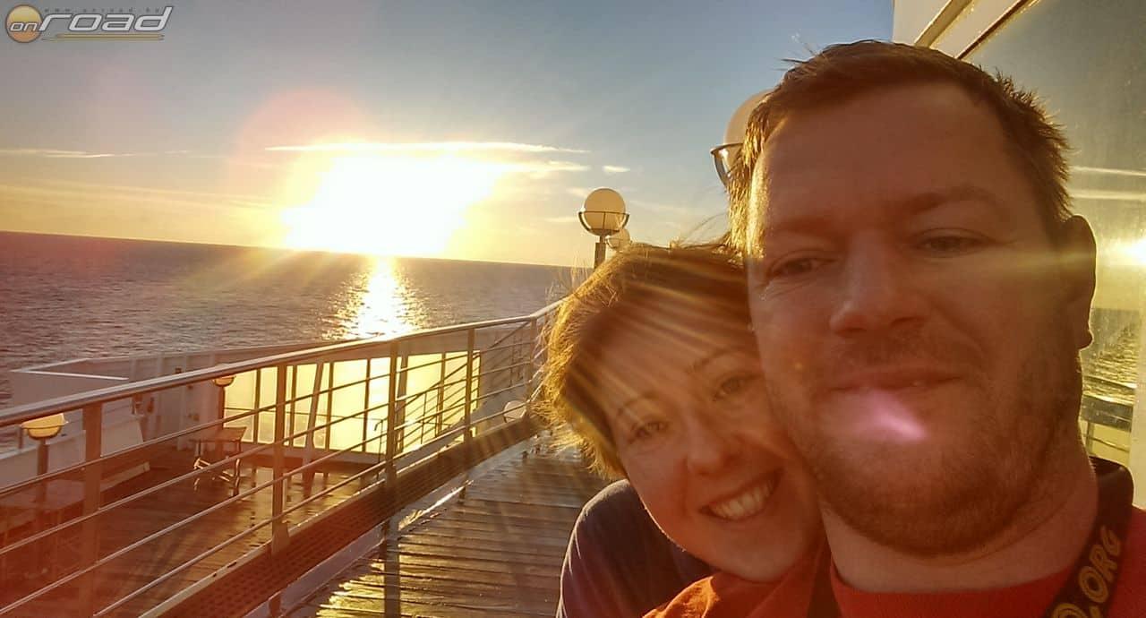 A kötelező hajós-napfelkeltés szelfivel búcsúzunk - Afrikából folytatjuk!