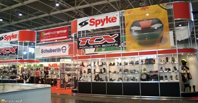 Az egyik legnagyobb felszereléseket árusító stand