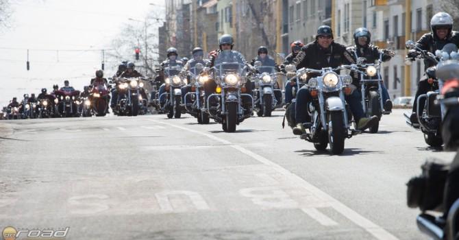 Egy Szezonnyitó persze csak közös motorozással az igazi
