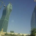 Útvonalbiztosítás Baku túra Onroad 20150609_Az egyik építészeti látványosság