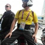 Útvonalbiztosítás Baku túra Onroad 20150609_Parkolás a belvárosban_harci díszben
