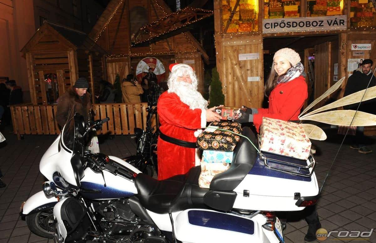 A Harley Mikulás kézbesítette a motorosok által összeadott ajándékokat
