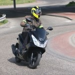 honda-pcx-150-onroad-teszt-29