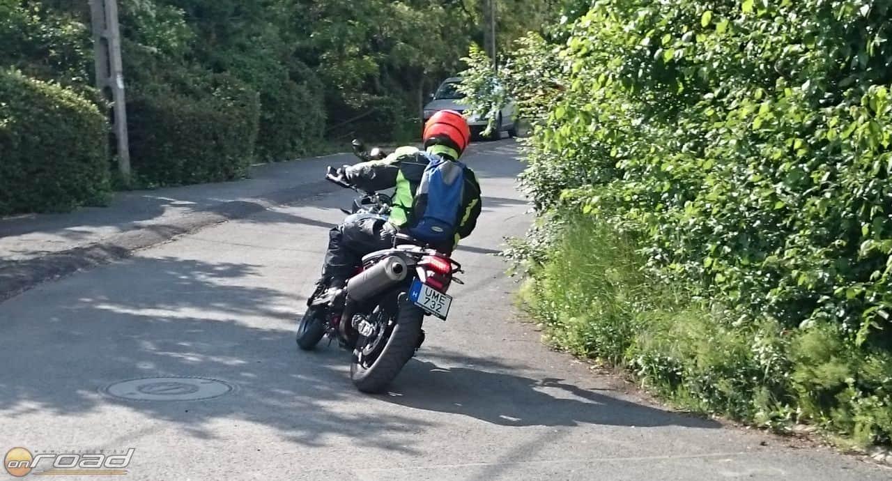 Sokkal több motorosnak kellene bizalmat szavazni neki!