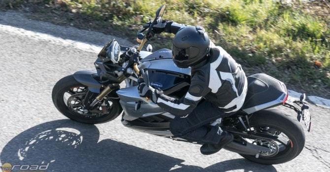 Igazi, több mint vállalható motorozási élmény - csak benzinkútra nem kell vele járni