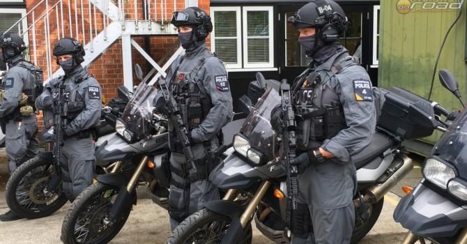london-terrorelharitas-bmw-f800gs-onroad-nyit