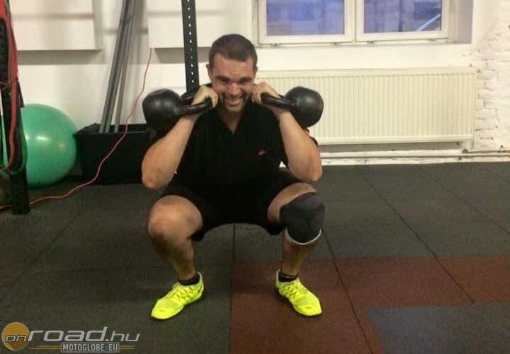 Laller keményen nyomja az edzőteremben is - iszonyatos fizikai erőpróba előtt áll!