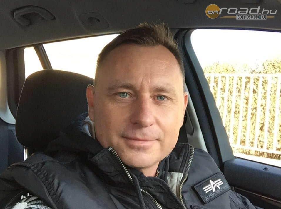 Csapó Zoltán, a Motoros Érdekképviseleti Központ és a motorosbiztositas.hu vezetője, aki végül is kiutat mutatott Istvánnak a reménytelen helyzetből