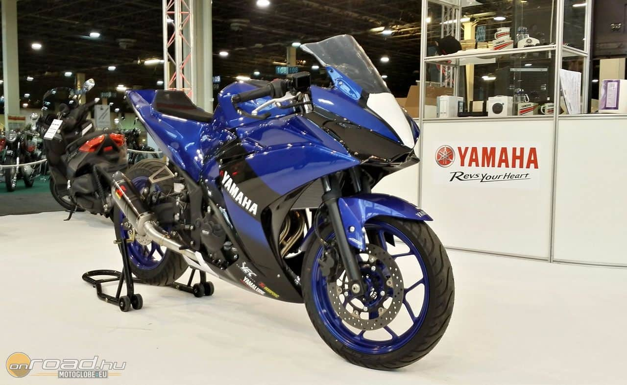 Yamaha R3 versenyre optimalizálva