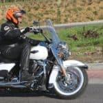 harley-davidson-road-king-classic-teszt-onroad-09