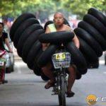 gumiszallitas-motoron-onroad-3