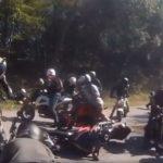 csoportos-motoros-baleset-onroad_1