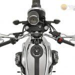 Moto-Guzzi-V7-Carbon-Shine-Onroad-4