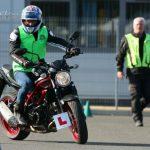 Bradley-Ray-jol-halad-motoros-jogosivanyaval-Onroad-1