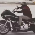 Harley-Davidson-Road-Glide-drifteles-motorral-jegen-Onroad-1