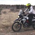 motorozasi-technikak-allo-testhelyzet-onroad-1