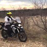 motorozasi-technikak-allo-testhelyzet-onroad-2