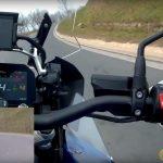 mitol-kanyarodik-a-motor-5-onroad