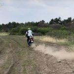 motorozasi-technikak-sorozat-14-off-road-megfordulas-egy-iven-onroad-5